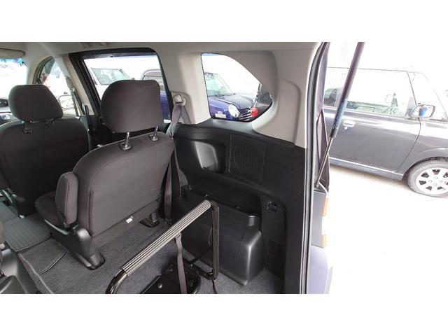 X サイドリフトアップシート車(28枚目)