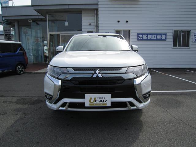 「三菱」「アウトランダーPHEV」「SUV・クロカン」「広島県」の中古車2