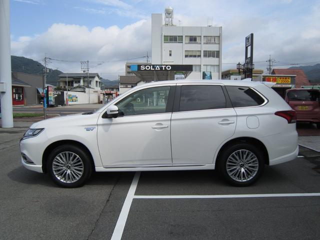 「三菱」「アウトランダーPHEV」「SUV・クロカン」「広島県」の中古車5