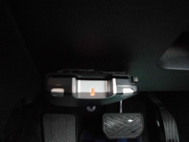 スズキ スプラッシュ ベースグレード 社外HDDナビ 純正エアロ・アルミ