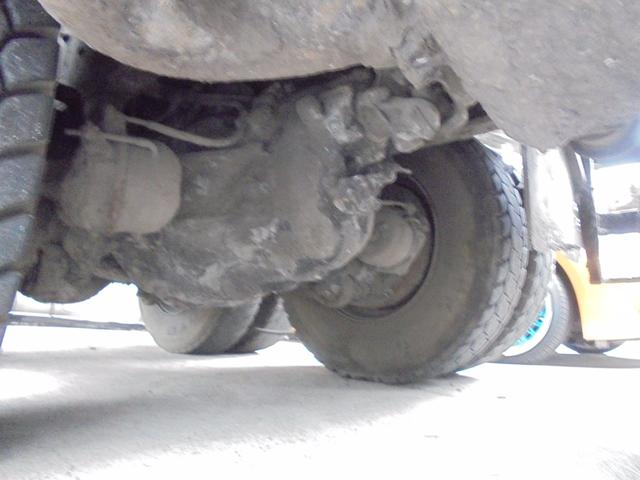 UDトラックス UDトラックス ダンプ 7速MT ツーデフ 最大積載量8900kg