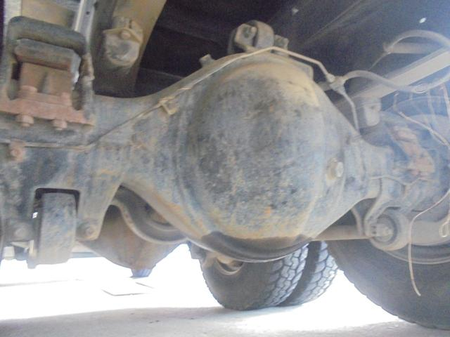 UDトラックス UDトラックス ダンプ 6速MT ツーデフ 社外フロントバイザー