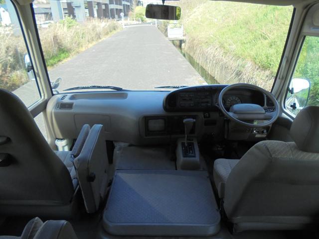 車いす移動車 オートステップ AT リア観音開き(9枚目)