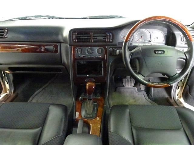 ボルボ ボルボ V70 2.5 ディーラー車 純正アルミ