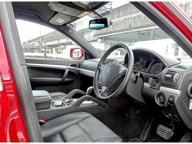 ポルシェ ポルシェ カイエン V6最終後期モデル