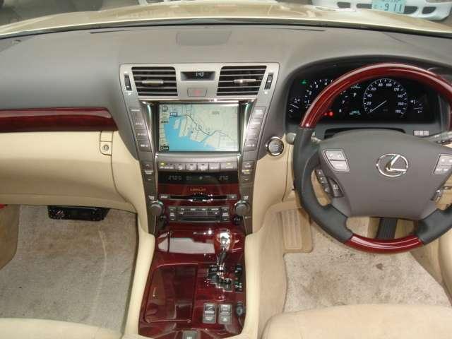 レクサス LS LS460 エアサスコントローラー レーベン20インチ