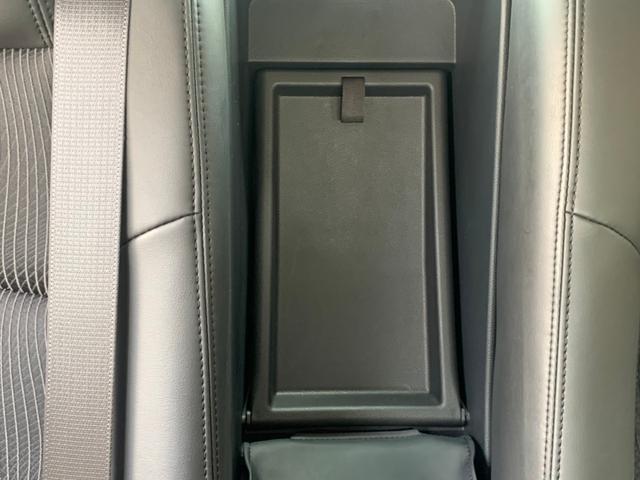 オートライト パワーシート パドルシフト SOURCE ABS サイドエアバッグ 盗難防止システム Bluetooth(35枚目)
