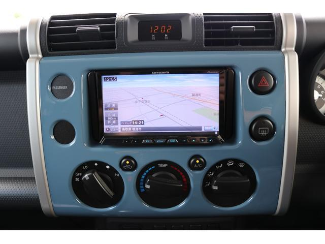 トヨタ FJクルーザー カラーパッケージ リフトアップ サイバーナビ 社外マフラー