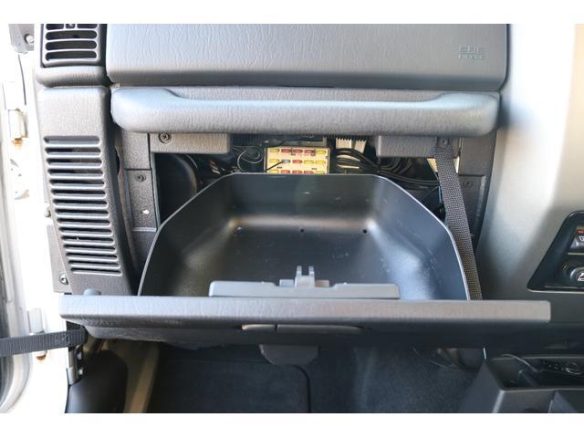 クライスラー・ジープ クライスラージープ ラングラー サハラプラス リフトアップ 社外タイヤ クルーズコントロール