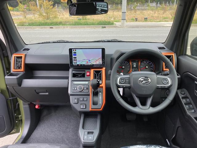 Gターボ 届出済未使用車 スタイルパック ダークブラックメッキパック ドライブレコーダー 9インチナビ バックカメラ フルセグTV Bluetooth LEDヘッドライト コーナーセンサー 純正AW15インチ(4枚目)