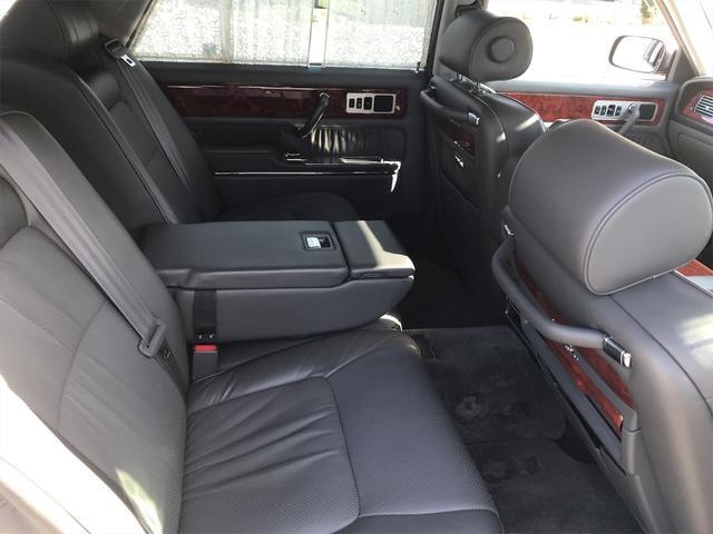 「トヨタ」「センチュリー」「セダン」「岡山県」の中古車42