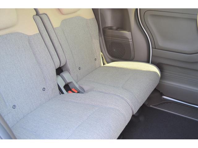 4WD 届出済未使用車 両側スライド片側電動ドア アイドリングストップ バックカメラ スマートキー シートヒーター 1ヶ月3000Km保証(8枚目)