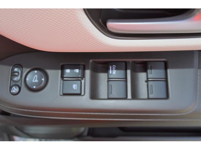 4WD 届出済未使用車 両側スライド片側電動ドア アイドリングストップ バックカメラ スマートキー シートヒーター 1ヶ月3000Km保証(12枚目)