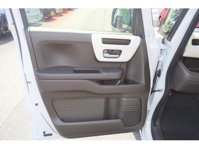 4WD 届出済未使用車 両側スライド片側電動ドア アイドリングストップ バックカメラ スマートキー シートヒーター 1ヶ月3000Km保証(14枚目)