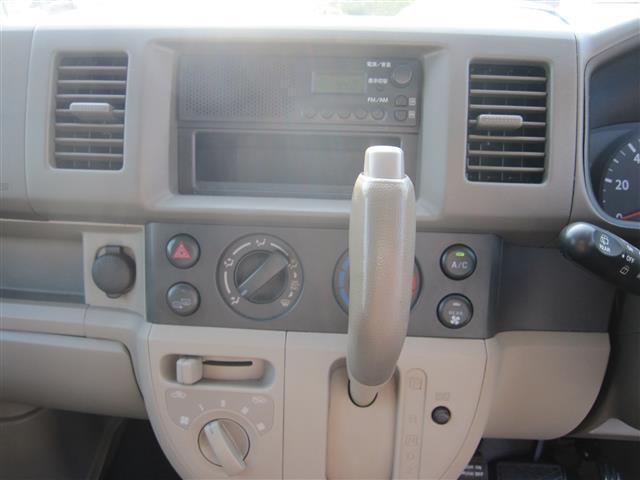 保冷車 4WD キーレス エアコン パワステ パワーウインド(4枚目)