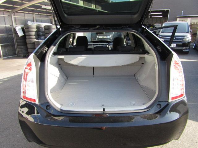 トヨタ プリウス S新品車高調新品19AW新品タイヤ4本新品エアロLEDフォグ