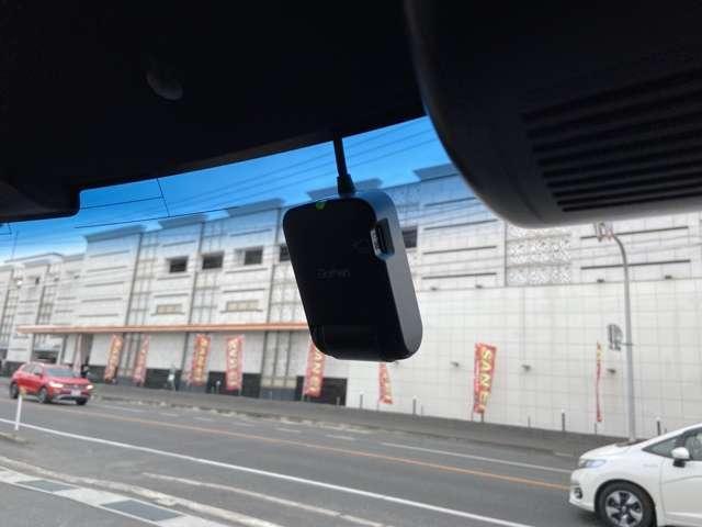 G・Lターボホンダセンシング 両側自動ドア ターボ車 1オーナ- 地デジ LEDヘッド 衝突軽減 Bカメ ナビTV AW DVD メモリーナビ 禁煙 クルコン ETC キーフリー スマートキー アイドリングストップ 盗難防止装置(12枚目)