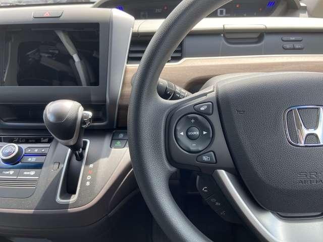 G・ホンダセンシング 両側電動スライドドア スマキー 追突被害軽減B 左右電動スライド Bカメ エアコン クルコン アイスト 盗難防止装置 キーレス ABS 3列(10枚目)