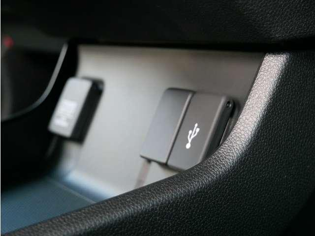 ハイブリッドX ホンダセンシング ETC LEDヘッドライト シートヒーター シートヒーター クルコン LEDライト ETC リアカメ 盗難防止装置 衝突被害軽減システム インテリキー キーレス(15枚目)