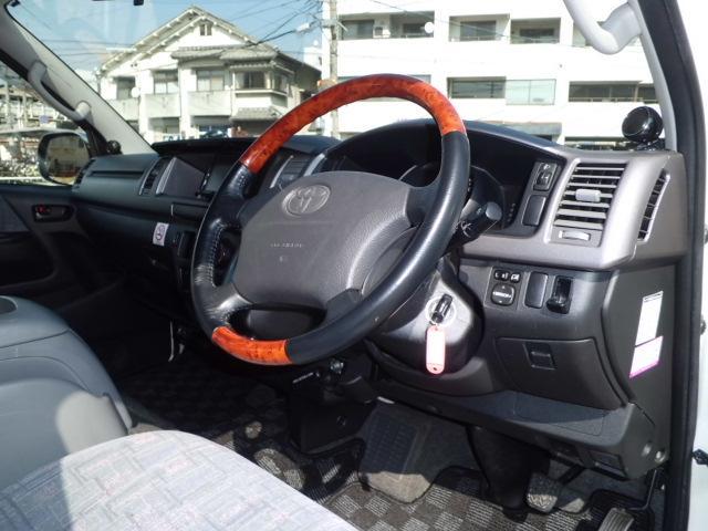 トヨタ ハイエースバン Sロング キャンピング 4WD ヒッチメンバー