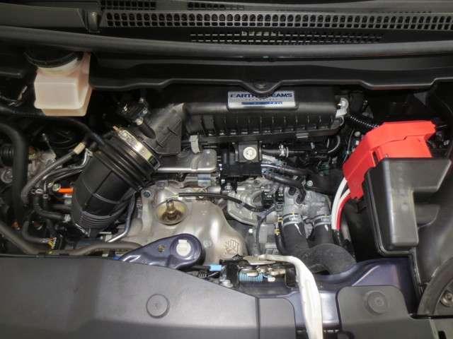 スパーダ 4WD 純正ナビ バックカメラ 衝突軽減ブレーキ 誤発進抑制 追従式クルーズコントロール 車線維持支援 先行車発進お知らせ機能 LEDヘッドライト Bluetooth CD再生 DVD再生 フルセグ(18枚目)
