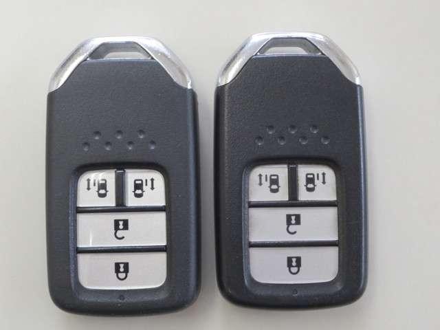 スパーダ 4WD 純正ナビ バックカメラ 衝突軽減ブレーキ 誤発進抑制 追従式クルーズコントロール 車線維持支援 先行車発進お知らせ機能 LEDヘッドライト Bluetooth CD再生 DVD再生 フルセグ(20枚目)
