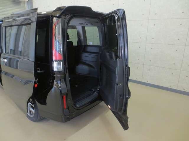 スパーダ 4WD 純製ナビ バックカメラ 衝突軽減ブレーキ 誤発進抑制 オートクルーズコントロール 両側電動スライドドア LEDヘッドライト Bluetooth CD DVD フルセグ リア席モニター(12枚目)