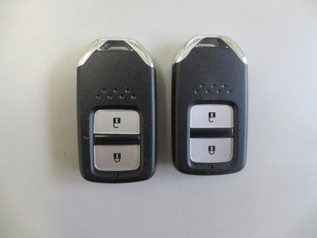 L ホンダセンシング 衝突軽減B レーンキープ 誤発進抑制 オートクルーズ サポカー 社外ナビ バックカメラ CD DVD 地デジ Bluetooth ETC LEDヘッドライト LEDフォグライトサイドエアバッグ(19枚目)