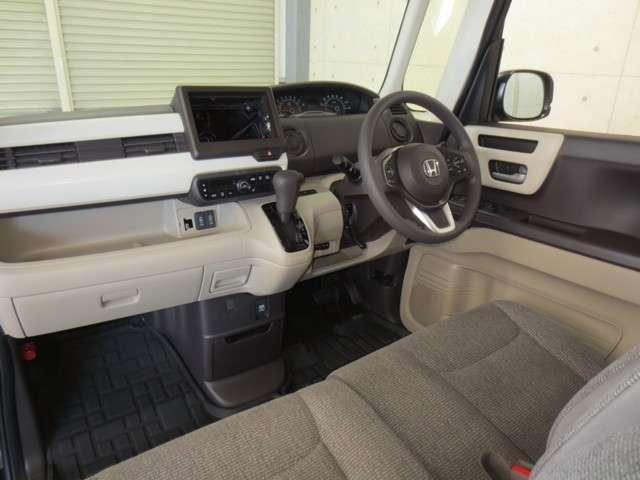 G・Lホンダセンシング 4WD サポカー 運転席・助手席シートヒーター オーディオレス ETC 追突軽減ブレーキ アダプティブクルーズコントロール レーンキープアシスト 左側電動スライドドア LEDヘッドライト オートライト(5枚目)