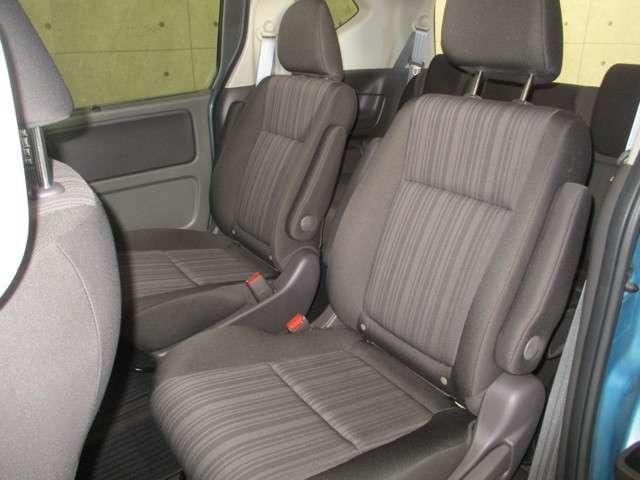 G 4WD 両側電動スライドドア 衝突軽減ブレーキ 誤発進抑制機能 車間距離感知 レーンキープ オーディオレス リアカメラ ETC オーディオリモコン 運転席助手席シートヒーター(7枚目)