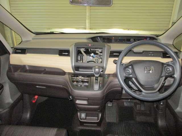 G 4WD 両側電動スライドドア 衝突軽減ブレーキ 誤発進抑制機能 車間距離感知 レーンキープ オーディオレス リアカメラ ETC オーディオリモコン 運転席助手席シートヒーター(17枚目)