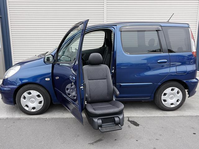福祉車両 助手席リフトアップシート 全国対応1年保証(3枚目)