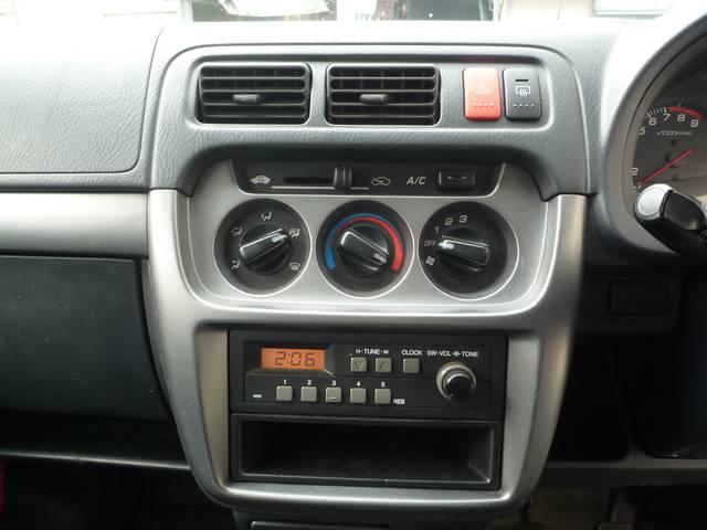 SDX 4WD 5速MT パワーウィンドウ 14インチアルミ(12枚目)