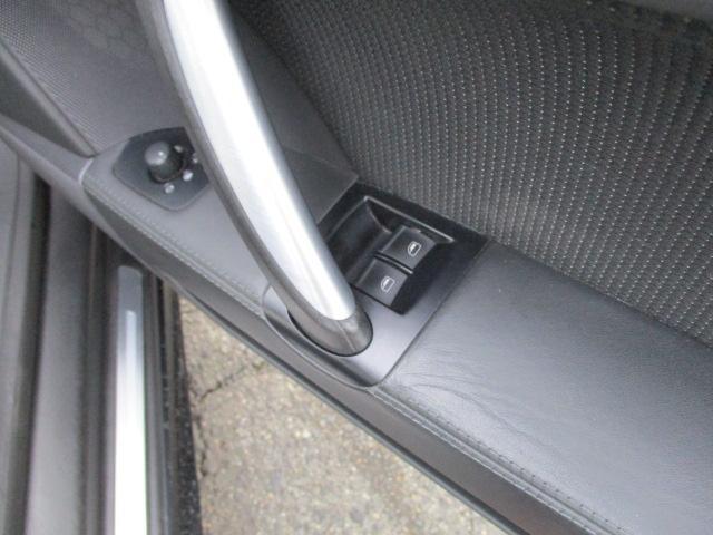 アウディ アウディ TTクーペ 3.2クワトロSラインアルコンブレーキ社外マフラー