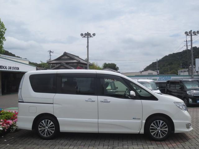 「日産」「セレナ」「ミニバン・ワンボックス」「岡山県」の中古車5