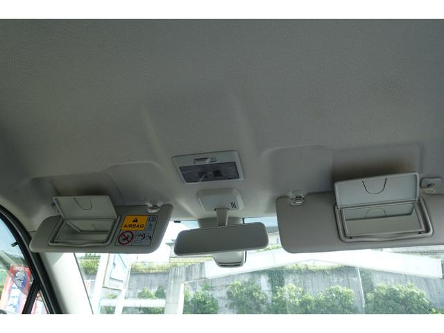 X レーダーブレーキサポート アイドリングストップ スマートキー プッシュスタート 運転席シートヒーター フォグランプ オートライト 純正CDステレオ USB入力端子 Wエアバック ABS 横滑り防止(15枚目)