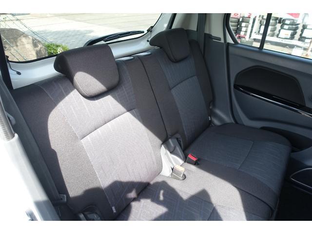 X レーダーブレーキサポート アイドリングストップ スマートキー プッシュスタート 運転席シートヒーター フォグランプ オートライト 純正CDステレオ USB入力端子 Wエアバック ABS 横滑り防止(24枚目)
