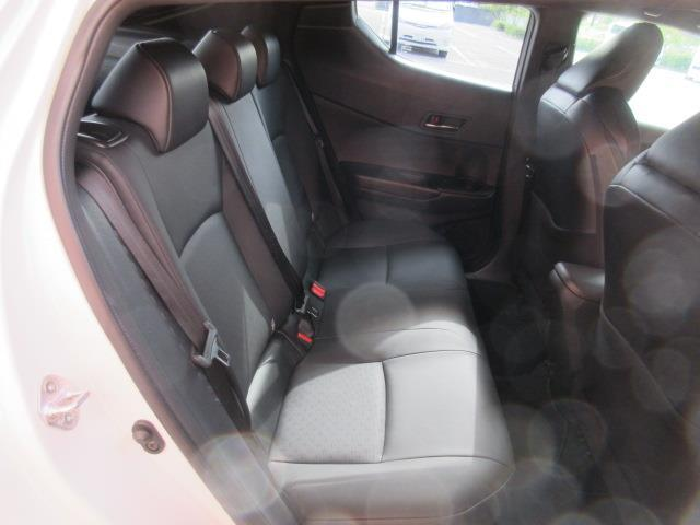 「トヨタ」「C-HR」「SUV・クロカン」「岡山県」の中古車7