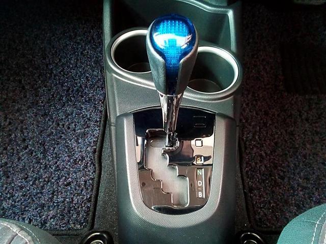 G フルセグ DVD再生 Bluetooth接続機能 ミュージックプレイヤー接続可 バックカメラ 衝突被害軽減システム ETC ドラレコ LEDヘッドランプ ワンオーナー(14枚目)