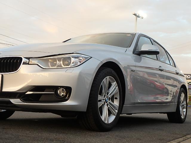 BMW BMW 320iスポーツ HDDナビ キセノン 輸入車ディーラー下取