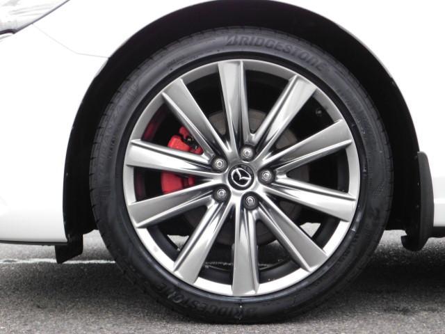 XD Lパッケージ ワンオーナー 禁煙車 輸入車ディーラー下取り 360度ビューモニター LEDヘッドライト 4WD スマートキー ドライブレコーダー(11枚目)