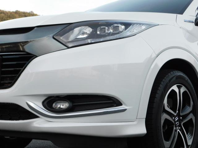 ハイブリッドZ 正規輸入車ディーラー下取 ワンオーナー 禁煙車 ルーフレール LEDライト スマートキー ハーフレザーシート インターナビ 地デジ バックモニター クルーズコントロール ドライブレコーダー ETC(22枚目)
