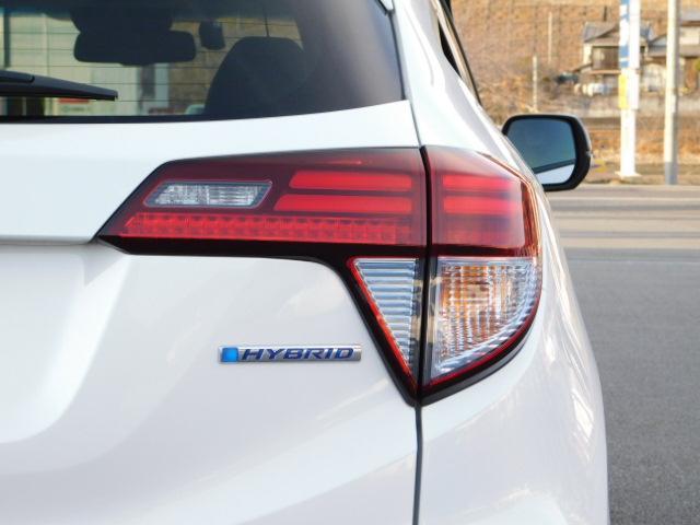 ハイブリッドZ 正規輸入車ディーラー下取 ワンオーナー 禁煙車 ルーフレール LEDライト スマートキー ハーフレザーシート インターナビ 地デジ バックモニター クルーズコントロール ドライブレコーダー ETC(38枚目)