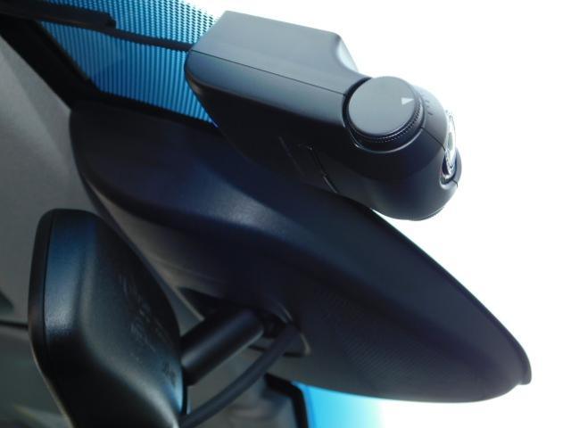 ハイブリッドZ 正規輸入車ディーラー下取 ワンオーナー 禁煙車 ルーフレール LEDライト スマートキー ハーフレザーシート インターナビ 地デジ バックモニター クルーズコントロール ドライブレコーダー ETC(54枚目)