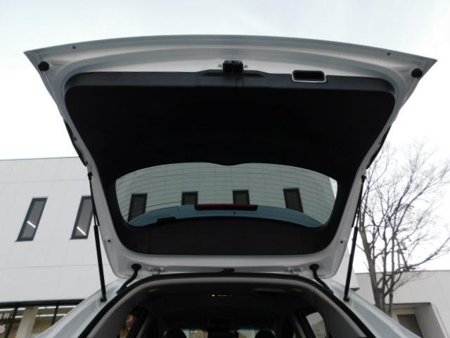 ハイブリッドZ 正規輸入車ディーラー下取 ワンオーナー 禁煙車 ルーフレール LEDライト スマートキー ハーフレザーシート インターナビ 地デジ バックモニター クルーズコントロール ドライブレコーダー ETC(66枚目)