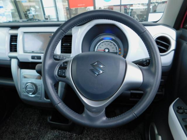 X 禁煙車 アイドリングストップ ブレーキサポート ディスチャージヘッドライト オートライト スマートキー ベンチシート 運転席助手席シートヒーター SDナビ ワンセグTV 電動格納リモコンドアミラー(15枚目)