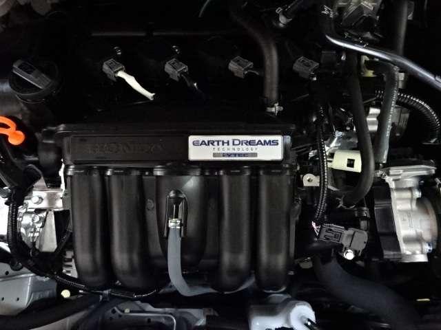 ホーム 当社デモカー ナビ リヤカメラ LED Bカメラ ETC クルコン スマートキー フルセグ ワンオーナー LEDヘッドライト 衝突被害軽減(18枚目)