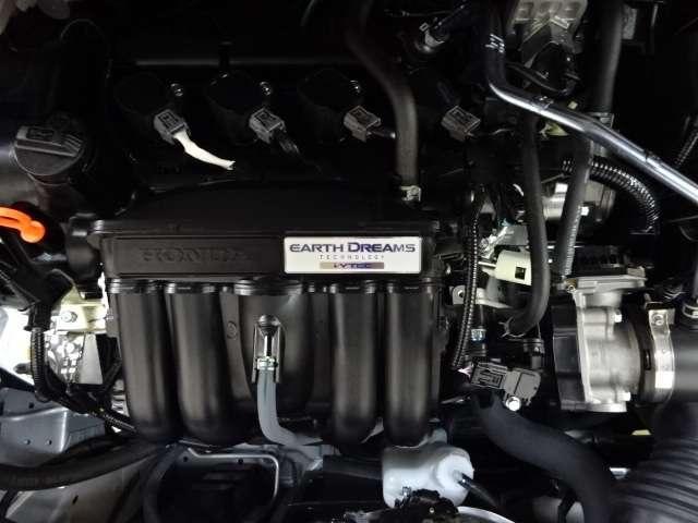 ホーム 当社デモカー ナビ リヤカメラ LED Bカメラ ETC クルコン スマートキー フルセグ ワンオーナー 禁煙 LEDヘッドライト 衝突被害軽減(13枚目)