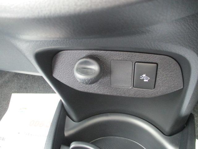 トヨタ ヴィッツ 1.3F LEDエディション当社社用車