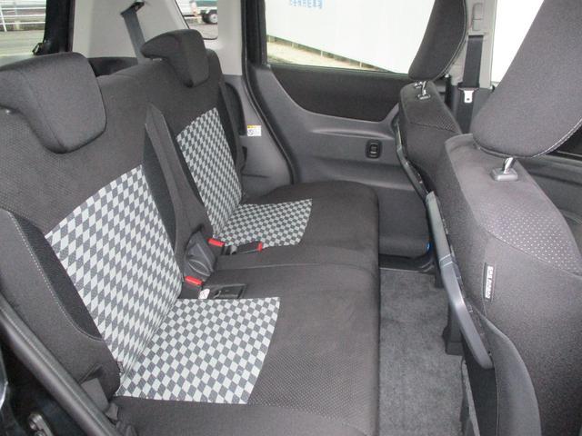 ブラック&ホワイトII フルセグナビ ETC HIDヘッドライト 片側電動スライドドア シートヒーター フルエアロ ワンオーナー(14枚目)